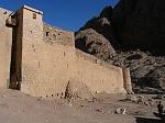 Стены монастыря Святой Екатерины (Синай, примерно 6 в. н.э.)